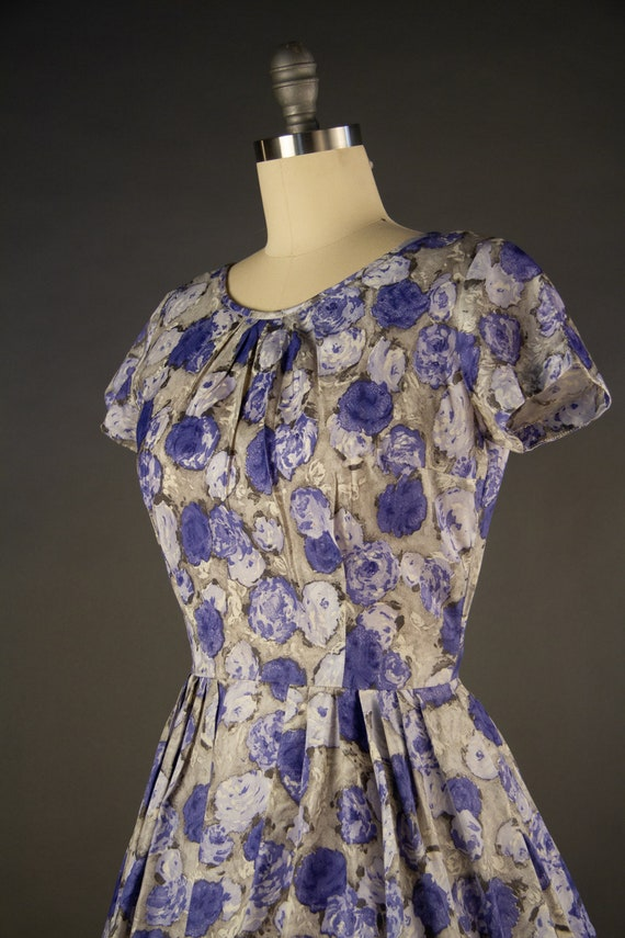 Vintage 1950s | Vintage Dress | Purple Rose Print… - image 5