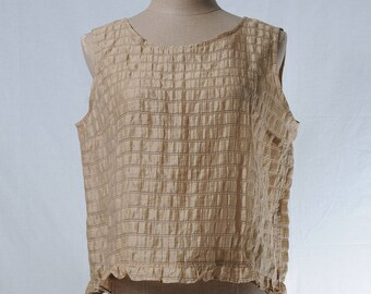 Vintage gold stripes sleeveless top with ruffle hem
