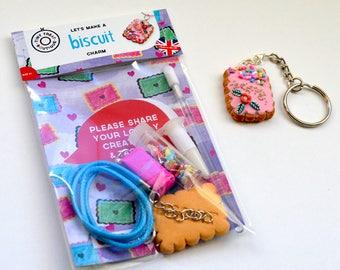 Mini Jewellery Making Kit - Biscuit Necklace or Keyring Kit – Party Bag Filler - DIY Craft Kit