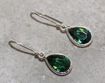 Green zirconia Sterling Silver Earrings tear drop 10mm long