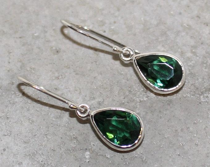 Green zirconia Sterling Silver Earrings tear drop 10mm long