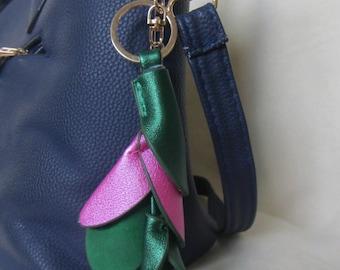 213e4f6a0014 Flower bag charm