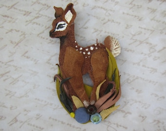 Deer brooch leather, fawn brooch, leather brooch fawn, leather brooch fawn, coat brooch deer, Bamby fawn brooch, animal brooch fawn, Bamby