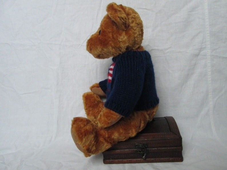 FAO SCHWARZ About 11 Plush Stuffed Soft Bear in Blue Sweater USA Flag Toy Gift Used Condition