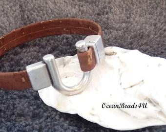 Brown Cork Bracelet F, Unisex Portuguese Cork Bracelet,  Cork Bracelet with U Clasp,  Vegan Jewelry , Braun Kork Armband