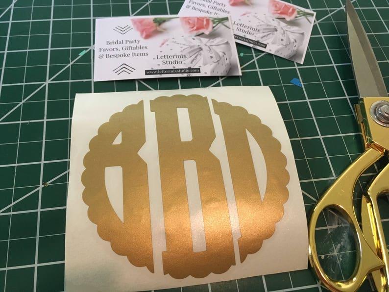 Scallop Monogram Vinyl Decal, Preppy Monogram, Decal for Cup