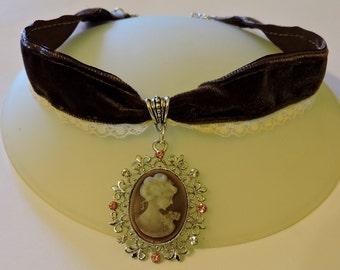 Brown Velvet Choker Cameo choker Victorian woman Steampunk choker Victorian Wedding Collar Victorian Jewelry Classic lolita Steampunk gift