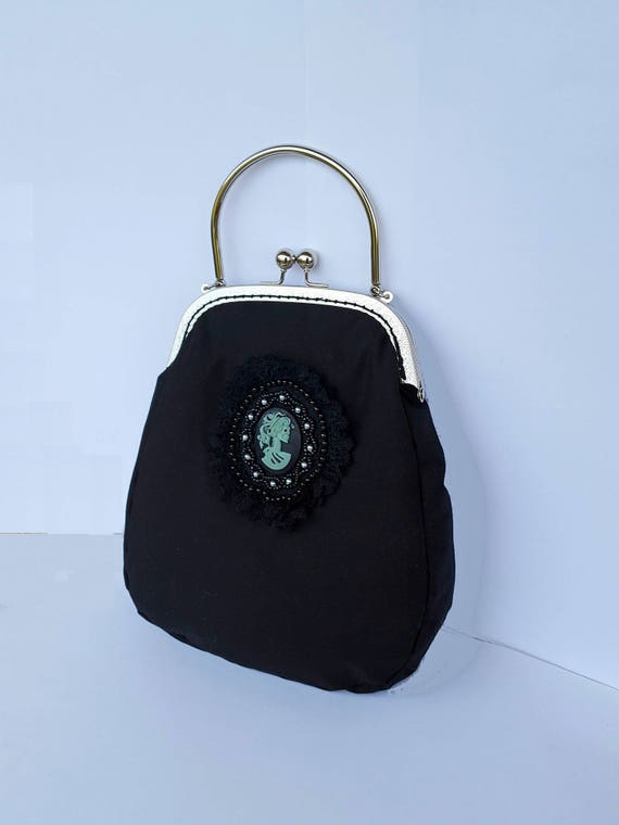 Sac à main noir sac buse noire sac avec poignée sac noir sac à main gothique partie tissu sac métal buse victorienne