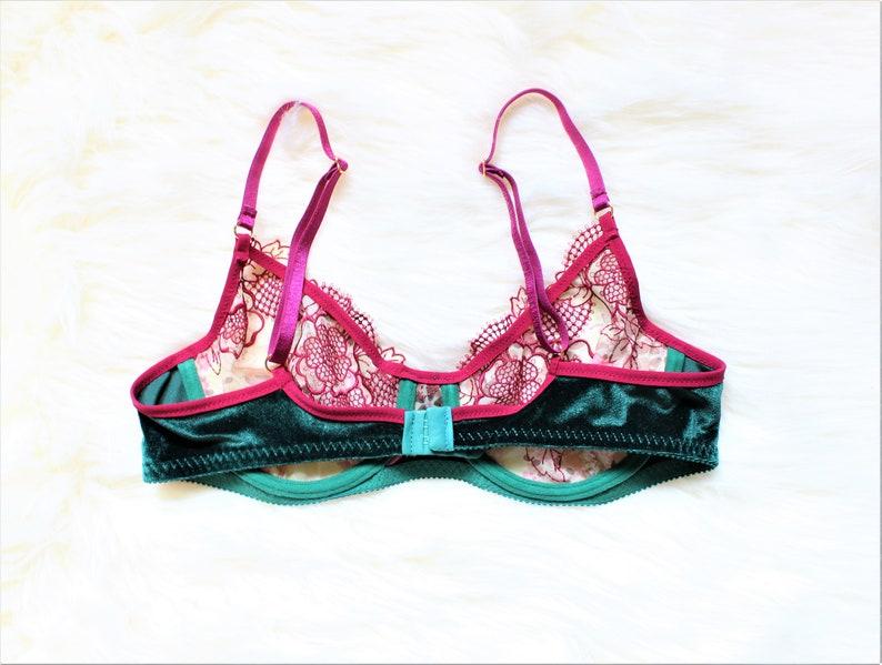 ad5b81e0821b95 Emerald green lingerie Pink lingerie Wire Bra Lace bra