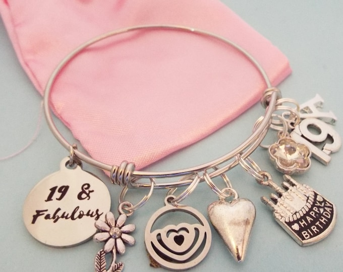 Girl's 19th Birthday Gift, 19th Birthday Charm Bracelet, Birthday for Teenage Girl, Personalized Gift, Gift for Her, Gift for 19 Year Old