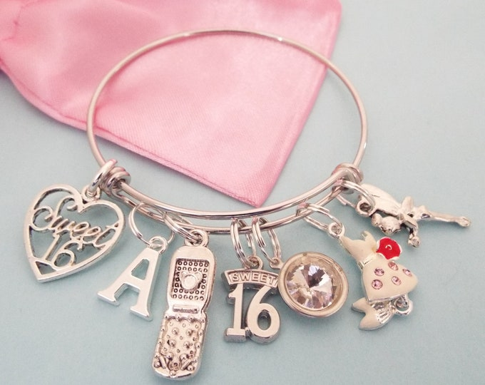 Sweet 16 Charm Bracelet, 16th Birthday Gift Girl, Personalized Sweet 16 Gift, Gift for Sixteen Year Old, Personalized Jewelry, Gift for Girl