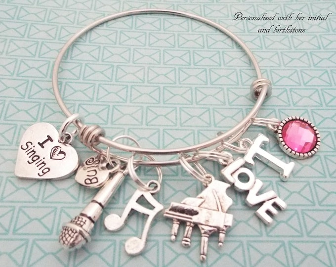 I Love Singing Charm Bracelet, Gift for Singer, Gift for Choir Director, Music Lover Gift, Gift for Girl Who Love to Sing, Custom Girl Gift
