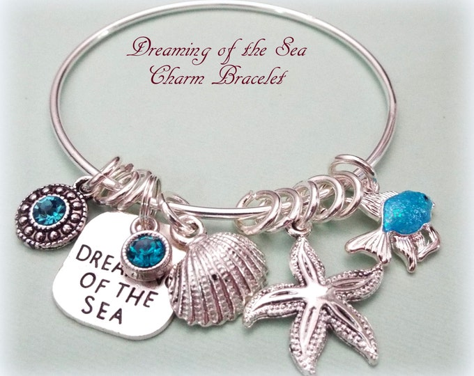 Beach Lover Charm Bracelet, Gift for Beach Lover, Girlfriend Gift, Gift for Her, Dreaming of the Sea Charm Bracelet, Gift for Best Friend