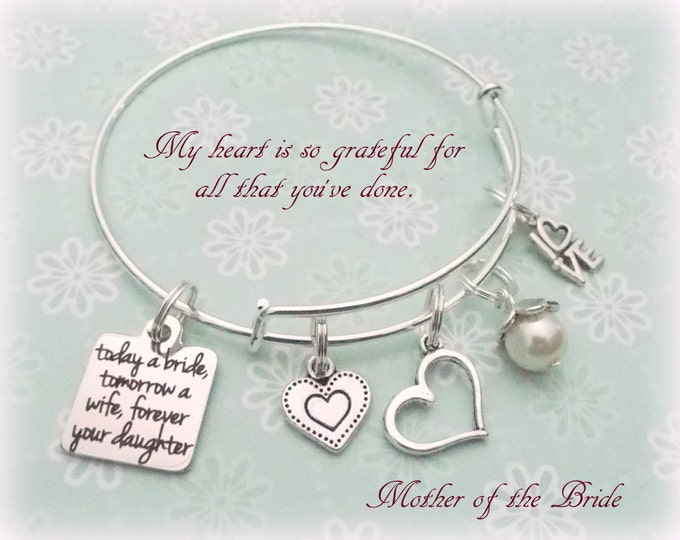 Mother of the Bride Gift, Daughter to Mother Gift, Gift for Bride's Mother, Mother of the Bride Charm Bracelet, Bride to Mother Gift