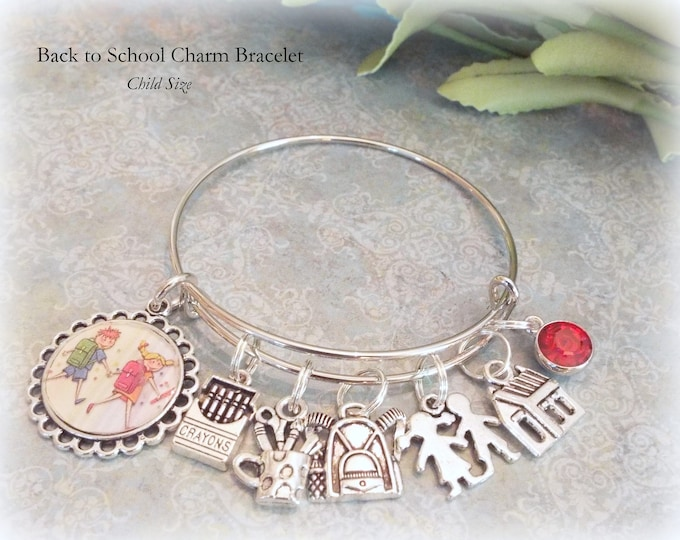 Back to School Charm Bracelet, Custom Back to School Backpack Charm, First Day of School Gift, Back to School Supplies, Gift for Girl