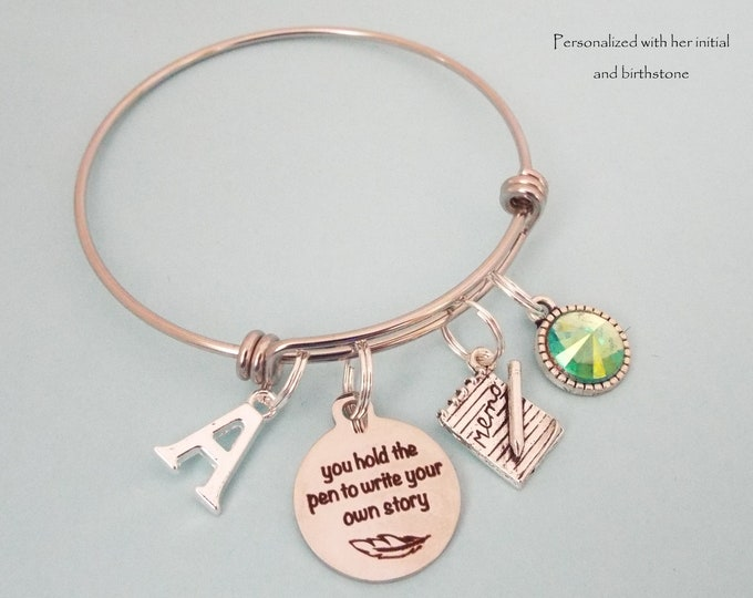 Daughter Graduation Charm Bracelet, Gift for Girl Graduating, Graduate Jewelry, Personalized Gift, Gift for Her, Birthstone Jewelry, Initial