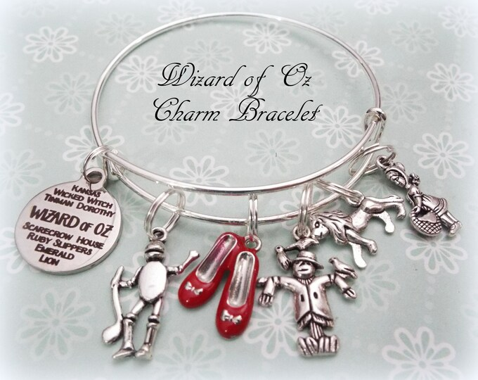 Wizard of Oz Charm Bracelet, Gift for Wizard of Oz Fan, Gift for Daughter, Girlfriend Gift, Wizard of Oz Lover Jewelry Gift, Movie Jewelry