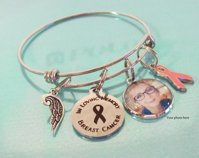 Breast Cancer Memorial Charm Bracelet, Grief and Mourning Gift, In Memory Jewelry, Personalized Gift for Death,  Gift for Loss of Mother