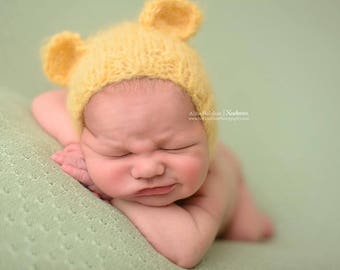 Photo prop newborn size pants with matching bonnet