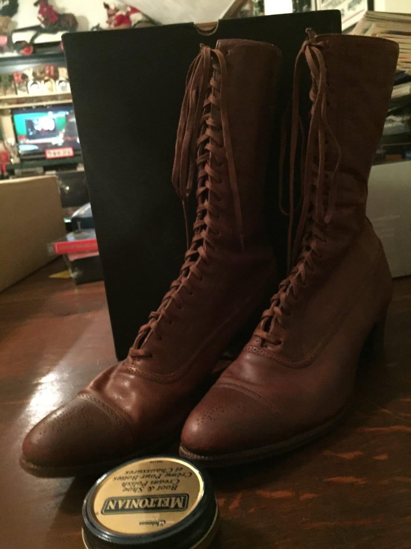 42f1b421c00a2 la dentelle dentelle dentelle mesdames botte chaussures marron de l époque  victorienne.