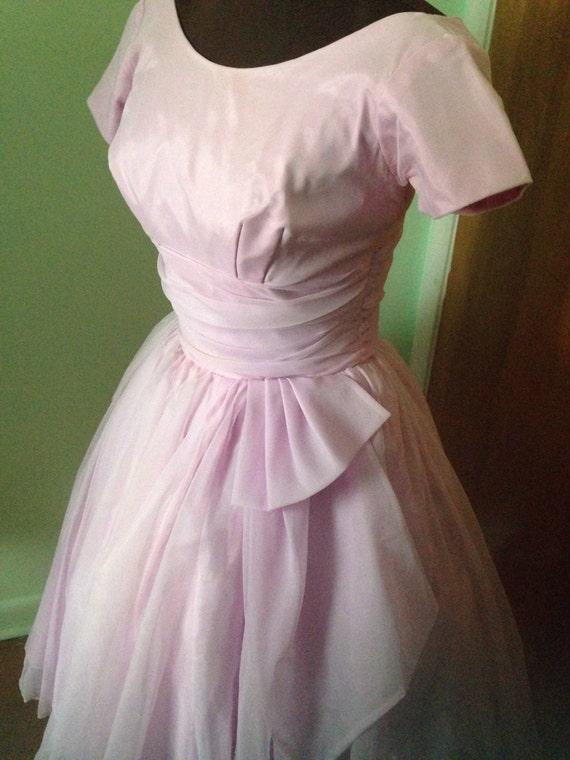 Vintage Pink Tafetta and chiffon 50s cupcake prom