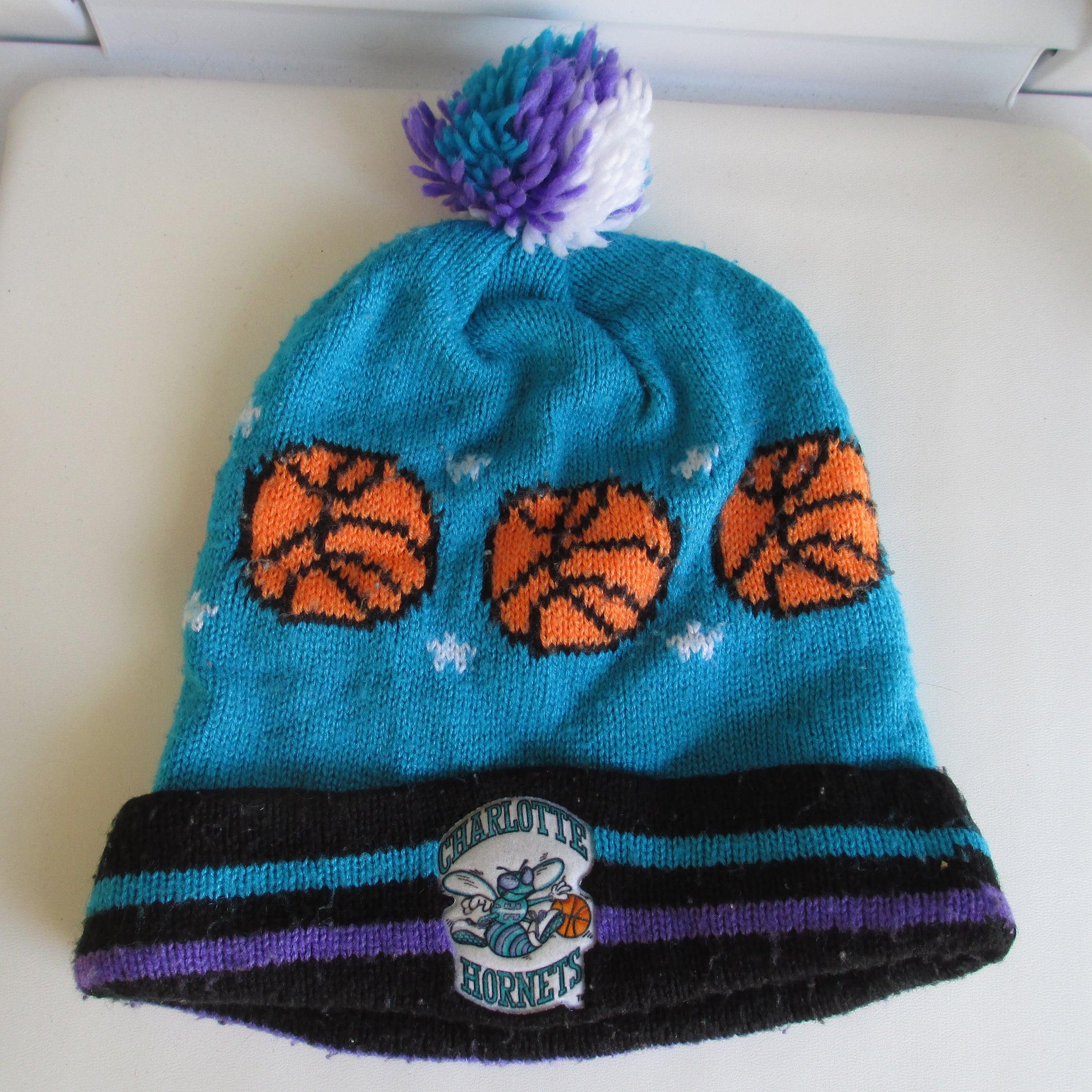 a8041e976e2 Vintage 80s 90s CHARLOTTE HORNETS knit winter pom pom ski