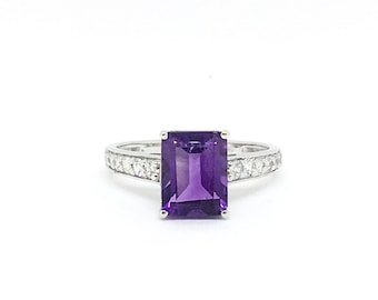 Classic Emerald cut Natural 2.30 cts Amethyst Gemstone Birthstone Engagement Vintage Purple Stone Ring for women Anniversary Birthday gift