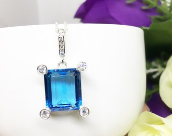 11ct Unique Genuine Swiss Large Blue Topaz Sterling Silver Royal Wedding Statement Pendant Necklace with Diamond Simulant Studded 4 Prongs