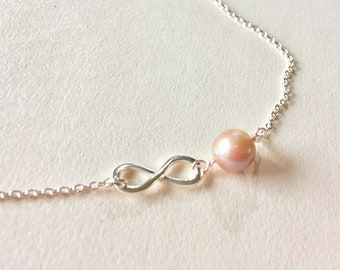Infinity Fresh Water Pearl Necklace, Pale pink Pearl infinity Necklace Gift for her, Bridesmaid Infinity Love Necklace, June birthstone gift