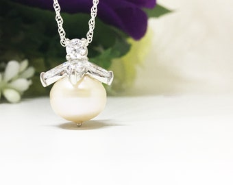 9.50 cts Large Fresh water Pearl Sterling Silver Diamond Simulant Marquise Round Pendant Necklace June birthstone Gift for Grandmother