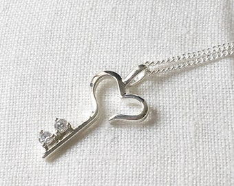 Key Pendant, Silver Heart Necklace, Delicate Heart Key Pendant with Chain and Cubic Zirconia, Valentine Gift, Dainty necklace, Bridesmaid