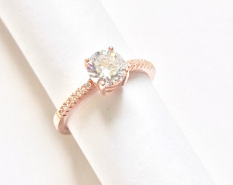 Sterling Silver Statement Rose Gold Diamond Simulant Cubic Zirconia Promise Wedding Bridal Engagement Women Ring Solitaire with Accented CZ