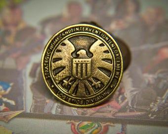 32a994947f9de0 Agents of S.H.I.E.L.D. \ logo SHIELD fans \Agents of Shield pin