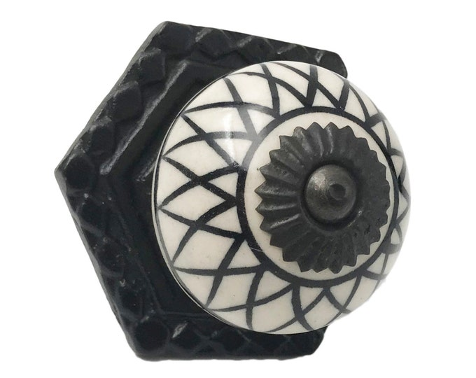 Black Design Design Knob on a Black Back Plate for Drawers, Cabinets, Doors, Furniture