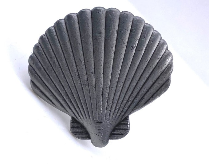 Sea Shell Pewter Metal Dresser Drawer, Cabinet Drawer or Door Knob Pull