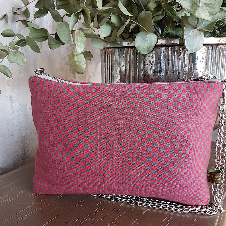 Red shoulder bag with optical dove designs  Handmade in Italy image 0