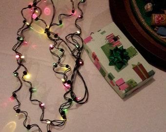 1m Dollhouse Miniature A String of multi-coloured plastic Christmas lightsKTP