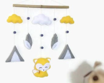 Baby felt mobile. Felt suspension with fox , mountain ,  cloud , tipi . Baby mobile