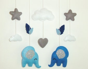 Baby mobile for nursery decor . Felt mobile with éléphant, stars, clouds. Nursery mobile. Baby gift baby shower. Personalized nursery