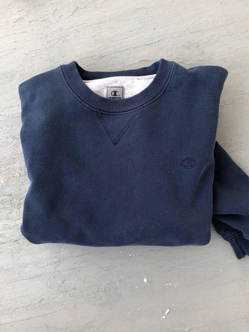 a1a5d545b16b Champion Crewneck Navy Blue XL    Vintage Champion Pullover
