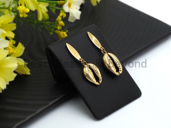 Gold Cowrie Shell Earring,Gold Earring, Gold Earring,Cowrie shell earrings, Shell earrings, Shell hoops, Cowrie Boho earrings, SKU#V43