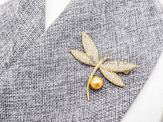 CZ  Micro Pave dragonfly Brooch/Pin/Pendant with 10mm Shell Pearl ,Gold plated Pave dragonfly Brooch Jewelry, Pave Pendant, 41x53mm, Sku#P24