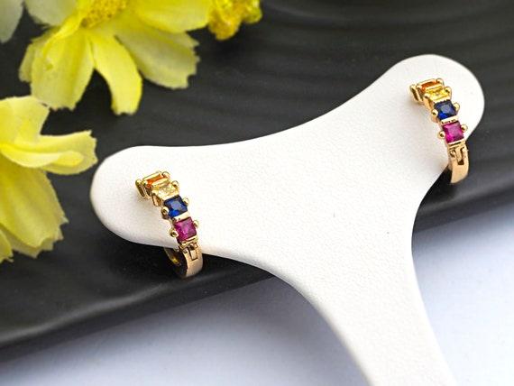 PRE-SELLING Baguette CZ Micro Pave Rainbow Huggie Earring, Gold Hoops earrings, Huggies Earrings,Minimal earrings,4x13mm,sku#J122