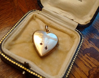 Antique 16 ct Gold-Plated Victorian Heart Locket