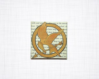 The Hunger Games Book Page Mockingjay Mini Canvas Wall Decor, Book Lover Gift