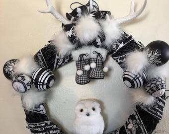 Christmas wreath, deer wreath, owl wreath, winter wreath, snow wreath, door wreath, Christmas decor, deer decor, owl decor, door decor