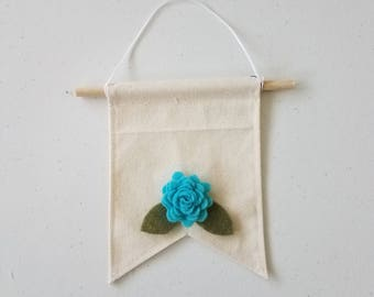 Handmade Mini Felt Flower Wall Hanging Banner
