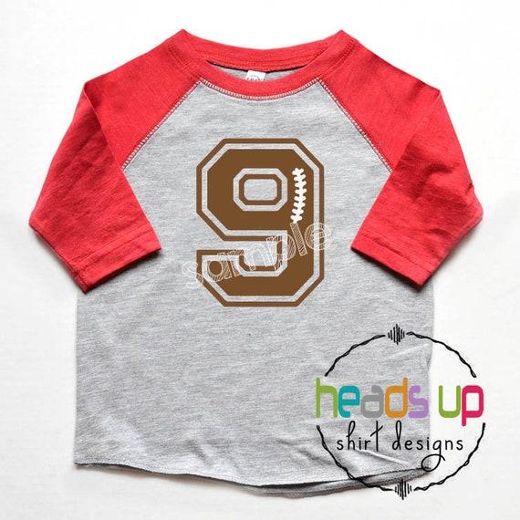 9 Anzahl Fussballtrikot Junge Oder Madchen Fussball Geburtstag Shirt 9 9 Geburtstag T Shirt Raglan Fussball 9 T Shirt Jugendliche Oder Erwachsene