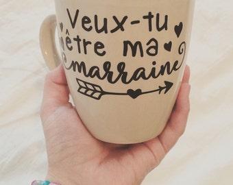 """Decal """"Veut-tu être ma marraine (ou avec parrain aussi)"""" to paste on a mug, a glass or a mason jar"""