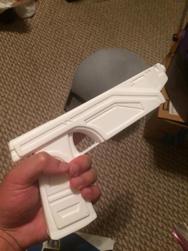 Resin Cast Bounty Hunter Phoenix 35 Custom Blaster Pistols